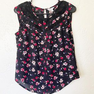 Candies Black & Red Sleeveless Floral Blouse Sz XS